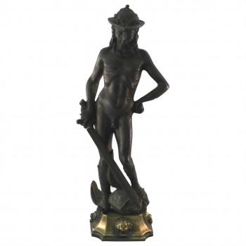 Metallskulptur Schwertraeger