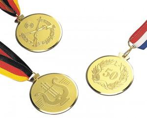 Massive Medaille im Halbrelief Ø58mm 5656 C