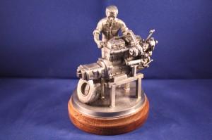 Automechaniker / KfZ-Mechaniker / KfZ-Mechatroniker (Zinnfigur handgegossen)