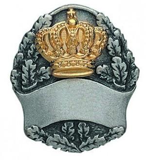 Königsabzeichen altsilberfarbig mit vergoldeter Krone